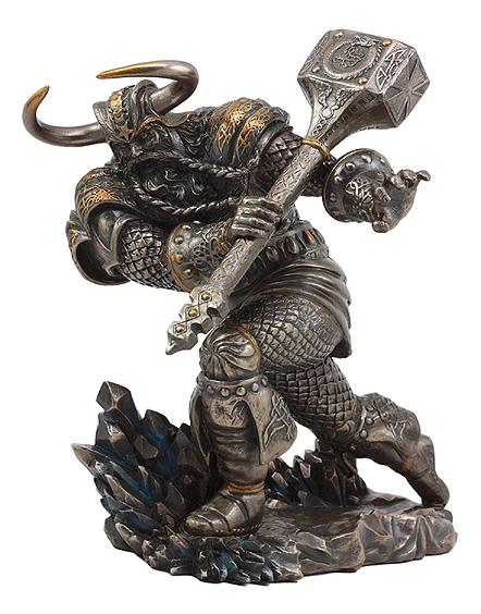 ミョルニル、鎚(トールハンマー)を振り廻している、雷の神 トール ブロンズ風 彫刻 彫像(輸入品)