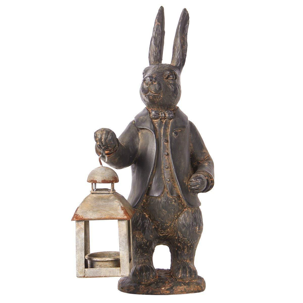 ニッキーホーム製 ヴィンテージメタル風 (ティーライト)キャンドルランタンを下げた、ウサギの置物 彫刻 彫像(輸入品)