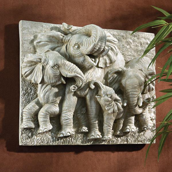 デザイン・トスカノ製 ナミビアの巨人(アフリカゾウ)象壁彫刻 彫像/ Gentle Giants of The Namibia Wall Sculpture, Greystone(輸入品)