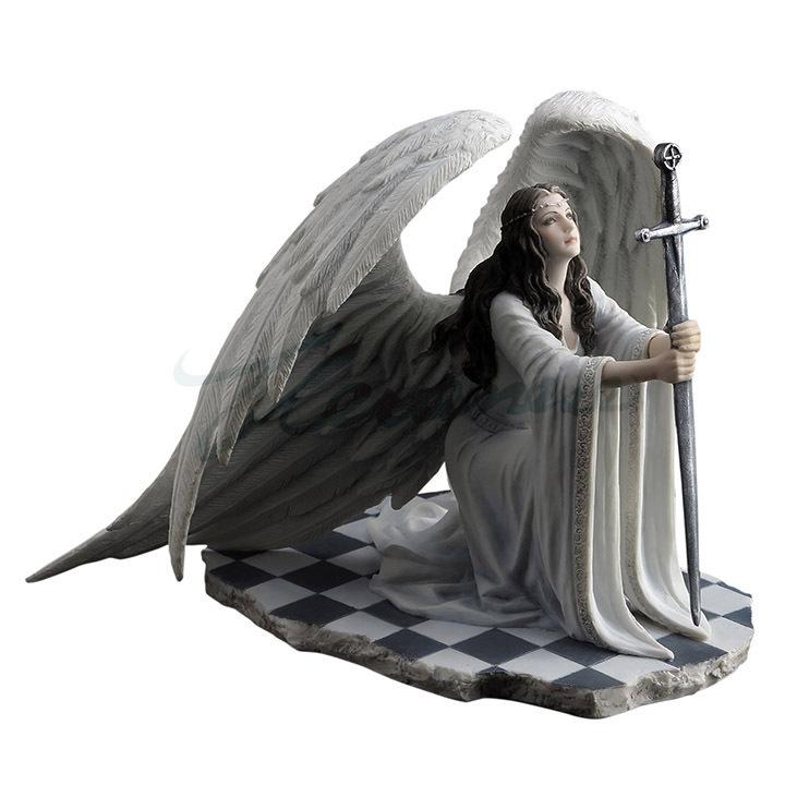 アン・ストークス作 剣を持って、ひざまずき、祈る翼を持った、守護天使 置物 フィギュア 彫刻 彫像(輸入品