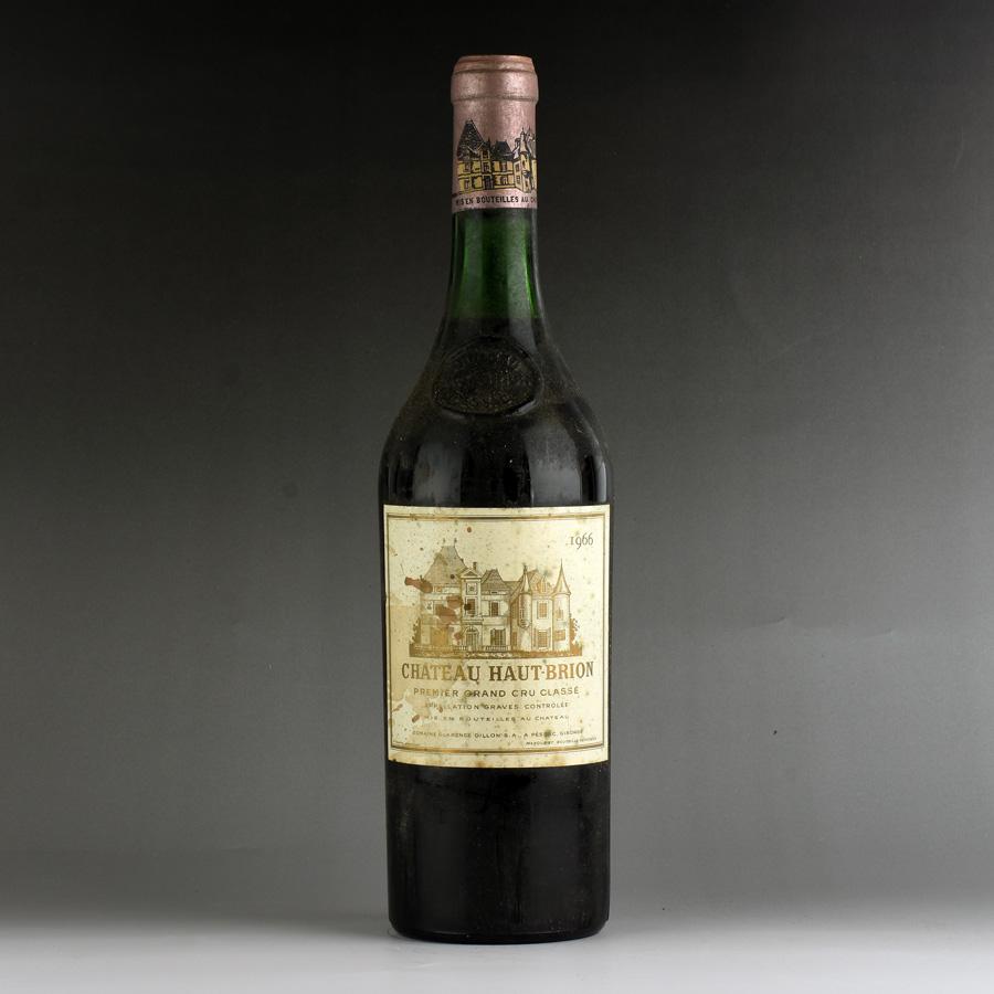 [1966] シャトー・オー・ブリオン ※ラベル汚れ・擦れ・一部変色ありフランス / ボルドー / 赤ワイン