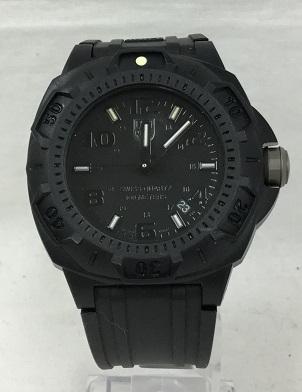 LUMINOX/ルミノックスL0201 ナイトビュー セントリー ブラックアウト アナログ 腕時計 メンズ ミリタリー 良品 黒