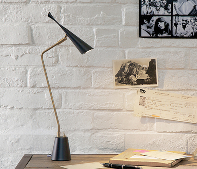 Gossip-LED desk light ゴシップデスクライト(LED電球付)テーブルライト