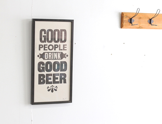 """A TWO PIPE PROBLEM LETTERPRESS  /""""GOOD PEOPLE DRINK GOOD BEER"""" Mサイズ"""