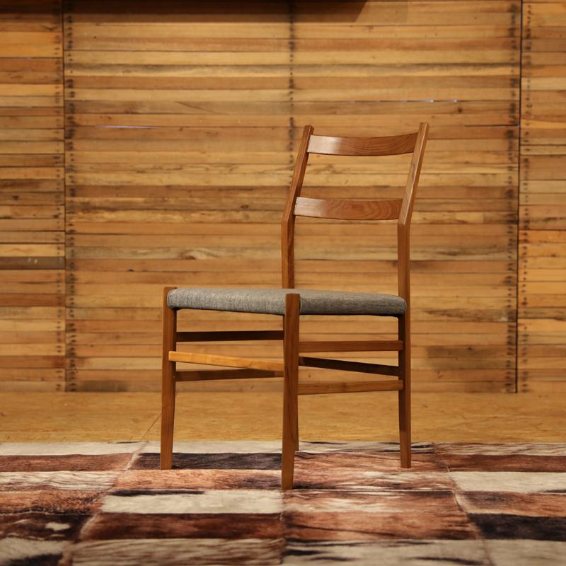 商品名|REJERO リジェロ ダイニングチェアカラー| チーク レッドブラウン色サイズ| 幅 52 奥行43 高さ84(座面45)cm北欧テイスト ウレタン塗装