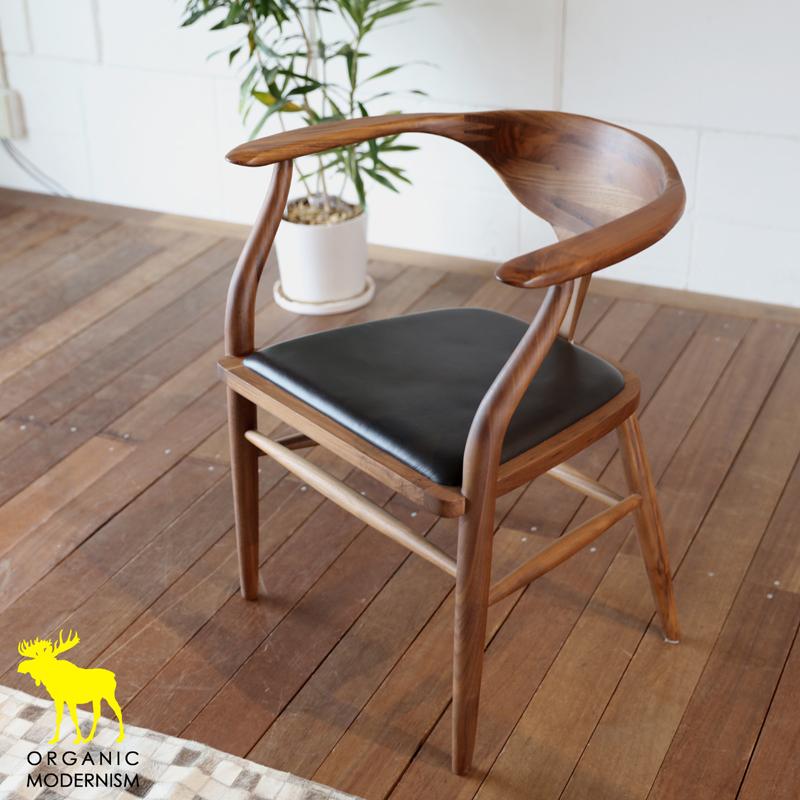 ・og ・ペオ チェアー(ウォールナット)・北欧ミッドセンチュリーモダンデザイン・オーガニックレトロモダンスタイル・ナチュラルダイニングチェアー・本革張り木製椅子、イス、いす・ひじ肘付きアームチェアー