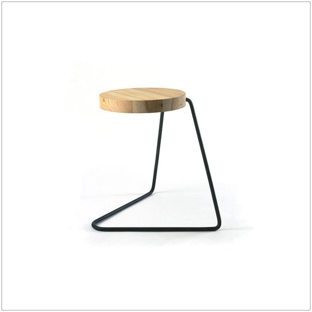 【 受注生産品 】・テツボサイドテーブル・デザイナーズ ブランド品・シンプルで北欧モダンなグッドデザイン・円形テーブル・送料無料