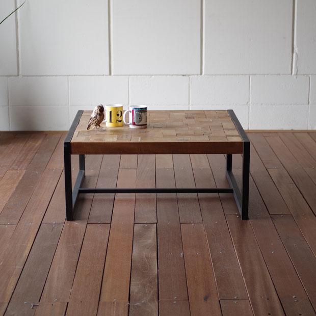 ・オールドチークのレトロテーブル80・北欧 モダン シンプル 正方形・コーヒーテーブル ローテーブル センターテーブル・スチールフレーム 西海岸 アンティーク・ジャワ職人のリサイクルオールドチーク