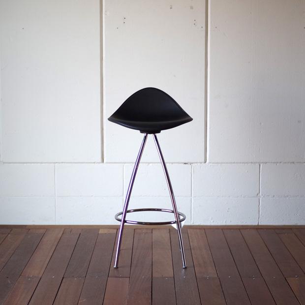 オンダ バーチェアー オールブラックSTUA デザイン家具おしゃれなスツールカウンターチェア カウンタースツールバースツール ハイスツール