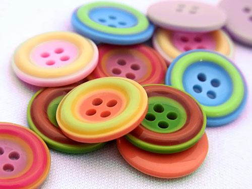 【ヨーロッパ製ボタン】ツートーン ボタン23mm1個単位での販売です。