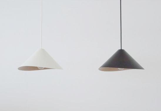 【送料無料】graf waft pendant lamp グラフ デザイン ペンダントランプ ワフト:白 / 黒【ポイント】: