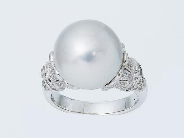 お気に入 大珠の美しく上品なパール 白蝶パールリング ダイヤモンドリング セール 登場から人気沸騰 Pt900 プラチナ ダイヤリング 12号 ジュエリー 送料無料 ロイヤルブルー パール指輪