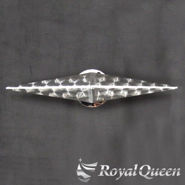 【送料無料】【新型 一文字型 ホイール スピンナー ウロコ柄 17.5インチ】トラック デコトラ パーツ トラック用品 ステンレス レンジャー ファイター コンドル フォワード 中型車 RoyalQueen
