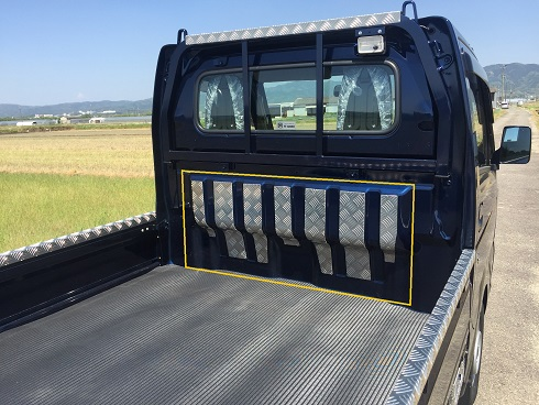 DA16T用キャリイ標準車 キャビンバックパネルカバー アルミ縞板