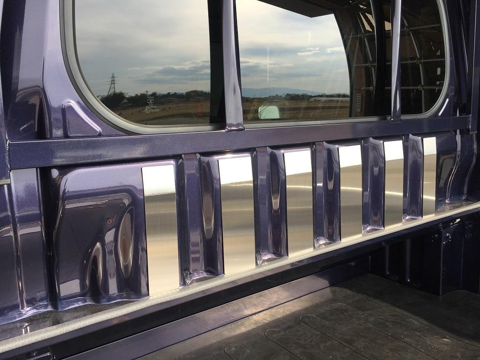 S500P 海外 S510P用 オーバーのアイテム取扱☆ ハイゼットジャンボ キャビンバックパネル上カバー ステンレスヘアライン
