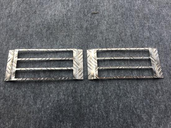 DA63T用 スズキ キャリイ テールランプガード アルミ縞板
