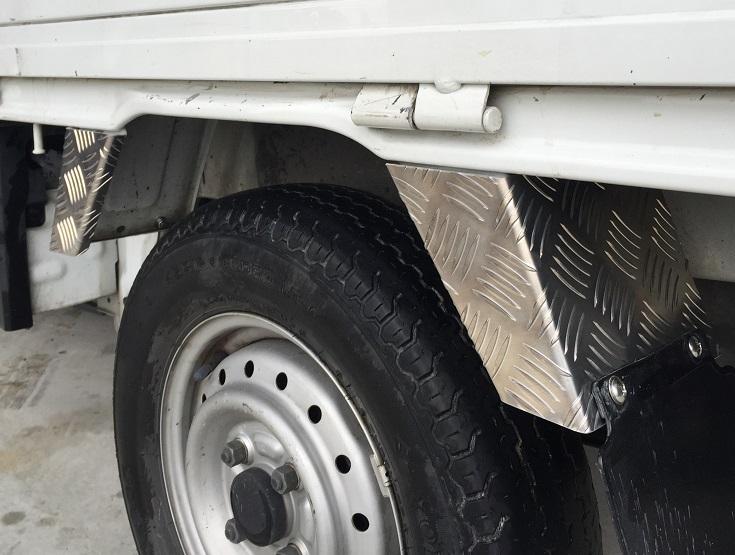 DA63T用 スズキ キャリイ リアフェンダーカバーアルミ縞板