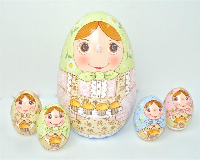 アトリエ juju 「玉子かあさん」13cm たまご型 ミニたまご4個入 【マトリョーシカ】