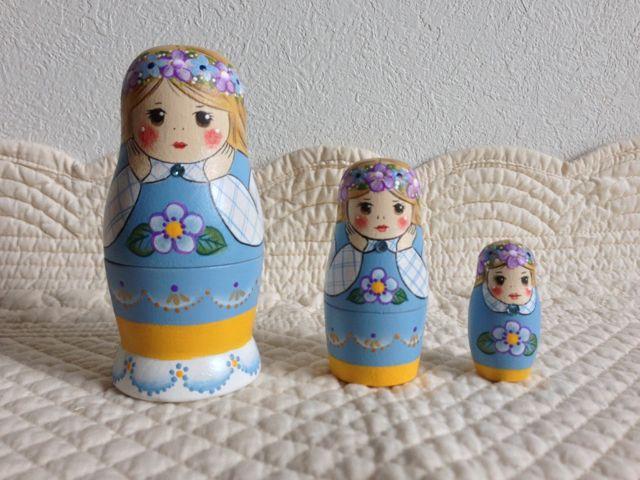 Little Lotte マトリョーシカ「花かんむりのスウェーデンカラー マトリョーシカ」9センチ3個組タイプ【マトリョーシカ】