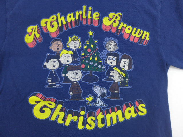 old clothes t shirt peanut charlie brown snoopy snoopy christmas dark blue navy small size used men short sleeves - Snoopy Christmas Shirt