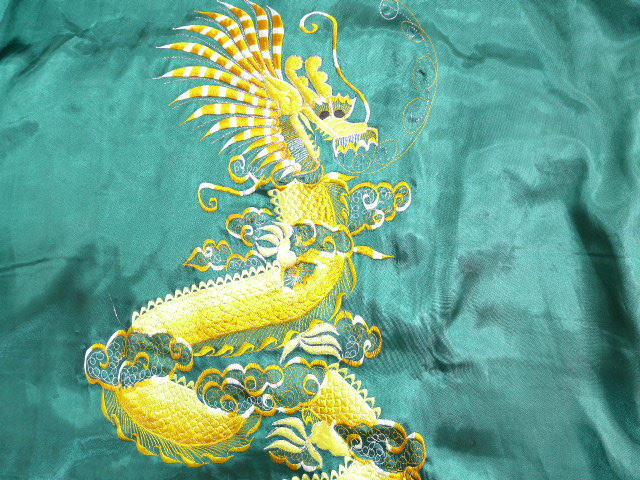 Old clothes gown dragon dragon embroidery reversible green green XL size  used men outer