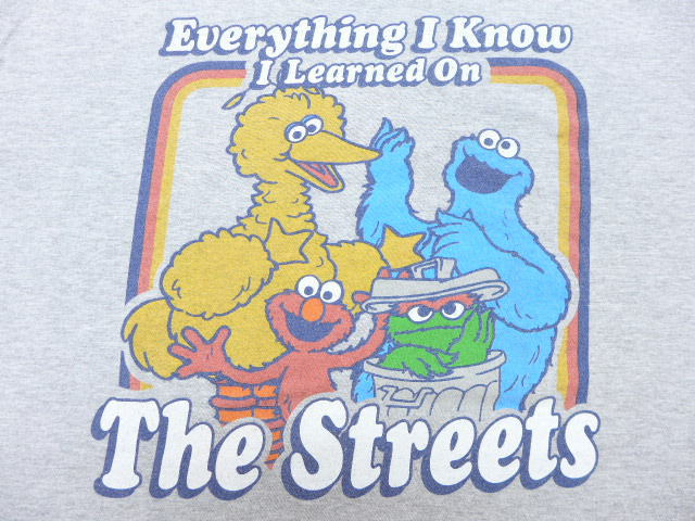 Old clothes T-shirt Sesame Street Elmo Cookie Monster big size gray marbled  beef XL size used men short sleeves