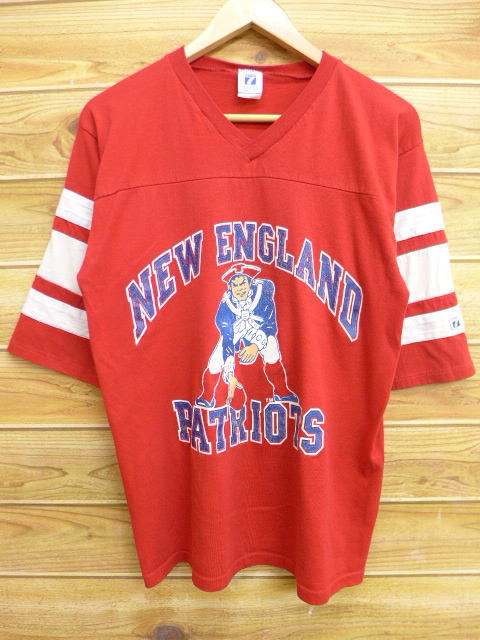 ae866ef7078 Old clothes vintage football T-shirt NFL New England Patriots red red  American football Super ...