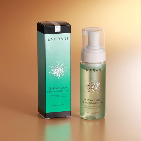 Get a bonus! Korea's most popular cosmetic brand 'エンプラニ'! As well as エンプラニ アクアモイスティバブルクレンジング form facial pores and smoothens cleansing carbonate beauty facial cleanser