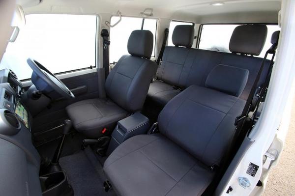 JAOS シートカバー・コーデュラ・バン(GRJ76) ランドクルーザー70系(再販車)