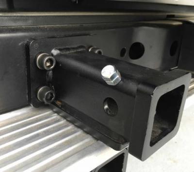 ランドクルーザー70系(再販車)76用 ヒッチアダプター