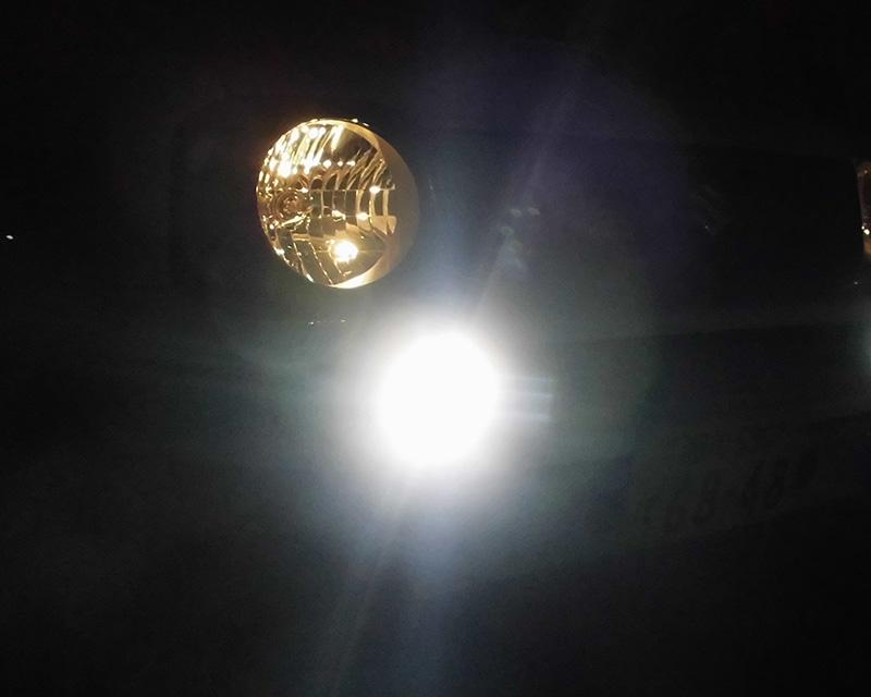 LEDフォグランプ・CCFLイカリング付き(スズキ・ジムニー JB23-5型以降/JB43-4型以降)