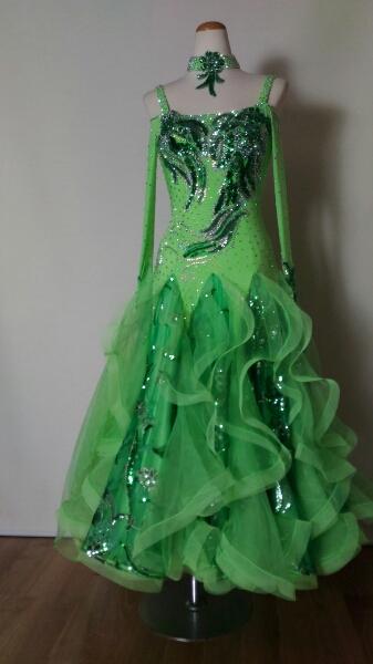 ー品販売  <レンタル>衣装・カラオケ・社交ダンスドレス Mサイズ Mサイズ, エムールベビー&ファミリー:8064e52d --- jf-belver.pt
