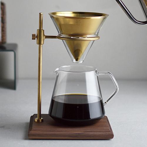 コーヒーが好きな方へのプレゼントに。様々な容器と合わせてご利用いただけます。 JAN:4963264500852 キントー KINTO SCS-S02 ブリューワースタンドセット 4cups 27591 JAN: 4963264500852【送料無料】【W】