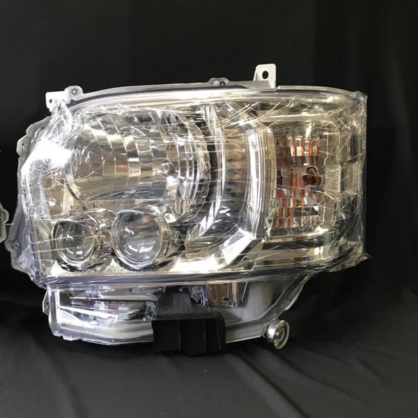 200系ハイエース4型オプションタイプLEDヘッドライトクリスタル左右セット新品