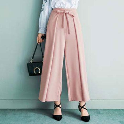 <レディース>スカートに見えるワイドパンツ!40代の春コーデにオススメなのは?