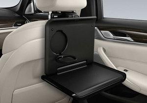 ロングドライブにぴったりな機能的で使いやすいトラベル コンフォートシステム BMW 安い 激安 プチプラ 高品質 純正 ホールディング テーブル 4年保証 51952449252