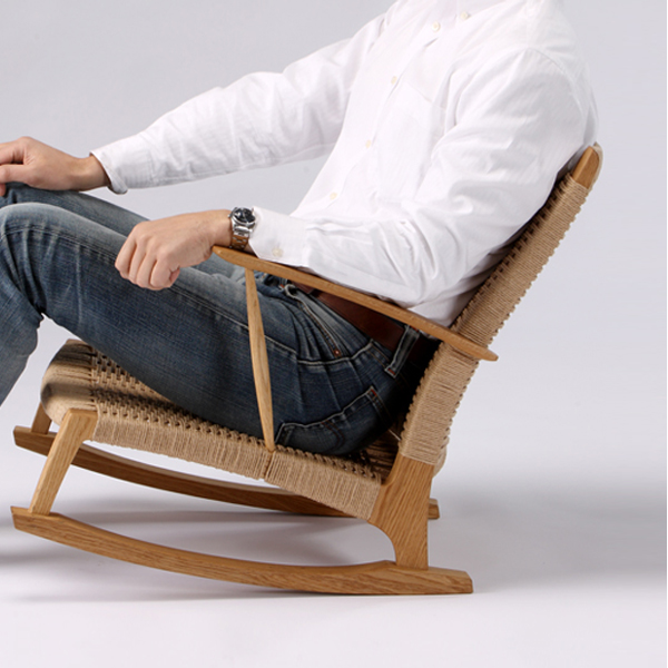 YURAGI low chair (seat: paper code) wood species: oak (W610×D760 × H680/SH220mm)