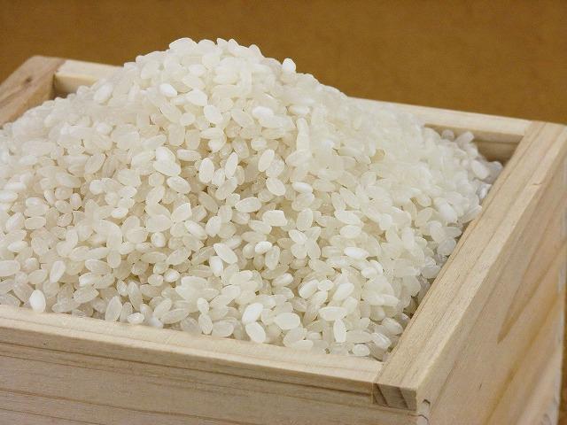 玄米 贈答品 30kgのみ をお買い上げのお客様でご希望の方には 贈物 30kgのうち10kgのみを430円で白米にするサービスを実施しています 玄米を白米に 430円で30kgのうち10kg精米サービス
