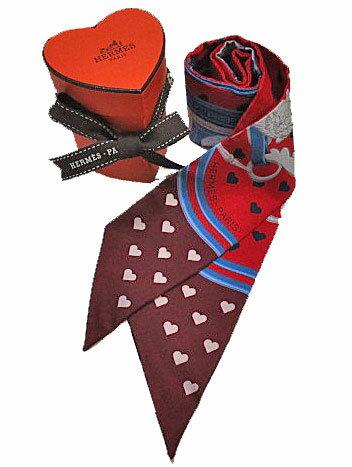 ≪新品≫ ハート箱 リボンのラッピング エルメス 2017年限定 ツイリー 《ブリッド・ドゥ・ガラ・ラヴ》ハート柄 赤×ルージュアッシュ系
