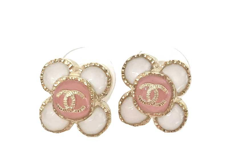 Chanel 2017 Cruise Earrings Flower Cc Mark White X Pink Wred In Gold A87557 Box And Ribbon