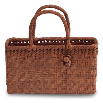 《伝統的な網代編みの風合いを活かした》山葡萄籠工房 山ぶどうかごバッグBK-02Y 網代編 Sサイズ 飾細工付