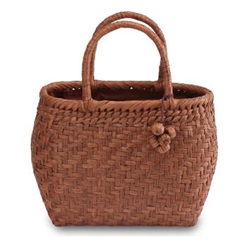 《伝統的な網代編みの風合いを活かした》山葡萄籠工房 山ぶどうかごバッグBK-03Y 網代編 Sサイズ 飾細工付