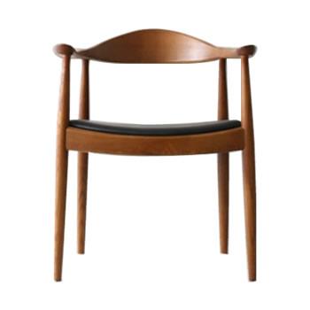 《世界で最も美しい椅子といわれるThe Chair。H・J・ウェグナーの代表作》ハンス・J・ウェグナー The Chairザ・チェアDC-604-BRブラウン