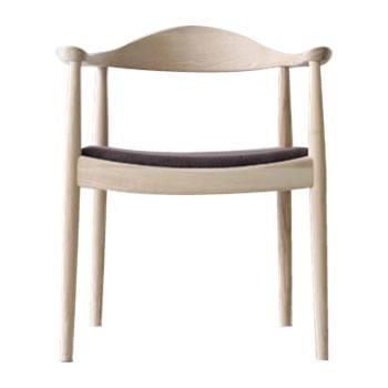 ミッドセンチュリーのデザインを リビングに 《世界で最も美しい椅子といわれるThe Chair H J The ナチュラル 新作販売 ブランド激安セール会場 ウェグナー チェアDC-604F-NAファブリック Chairザ ウェグナーの代表作》ハンス
