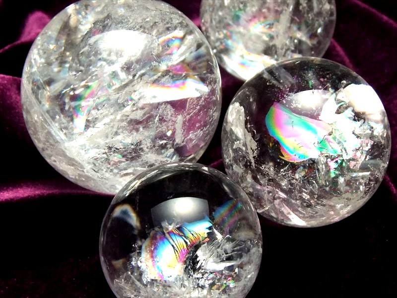 浄化 風水 天然虹入り 水晶 丸玉 直径28mm-30mm お守りにも 購買 日本全国 送料無料 レインボークォーツ丸玉 すべての浄化と純粋さの象徴 ブラジル産