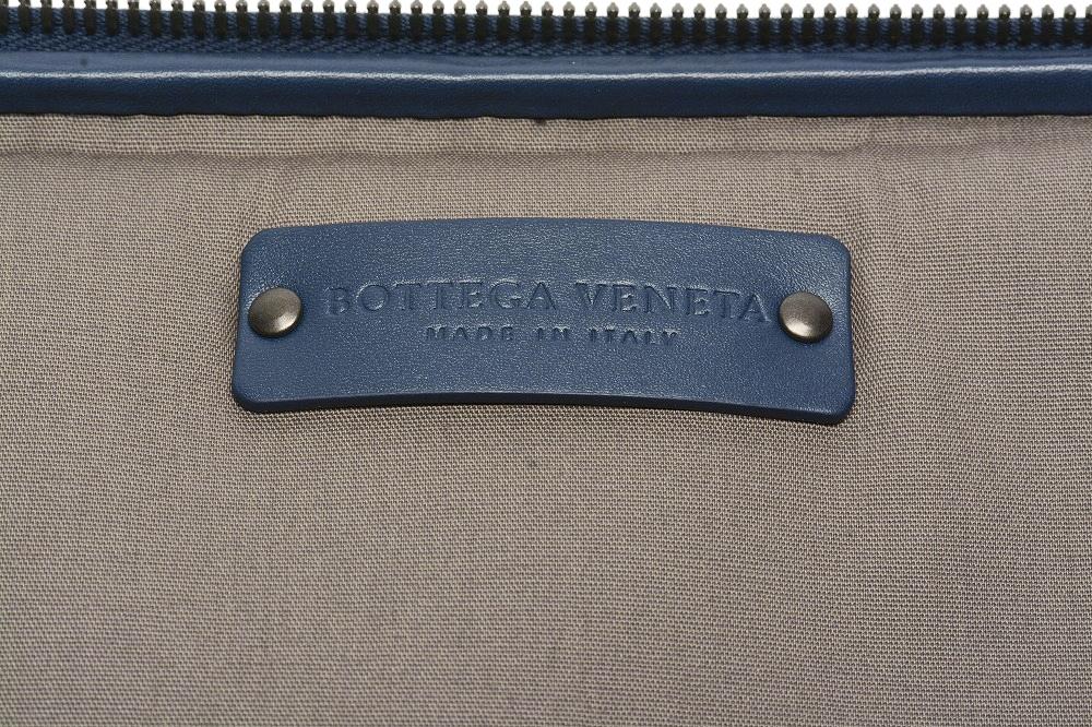ボッテガヴェネタ BOTTEGA VENETA ラウンドジップ 旅行用 トラベル ネクタイケース イントレチャート メンズ  ネイビー ブルー 紺/イタリア ブランド 男女兼用 ギフト