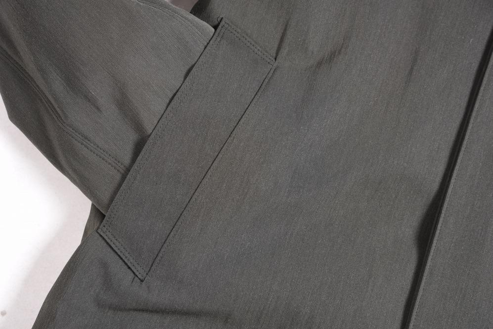 ヘルノ HERNO スタンドカラー コート ロング アウター 中綿入り フロント取り外し 比翼フロント メンズ 秋冬 ヴァージンウール 100% グレイッシュカーキ 無地 L/イタリア ブランド カジュアル ビジネス