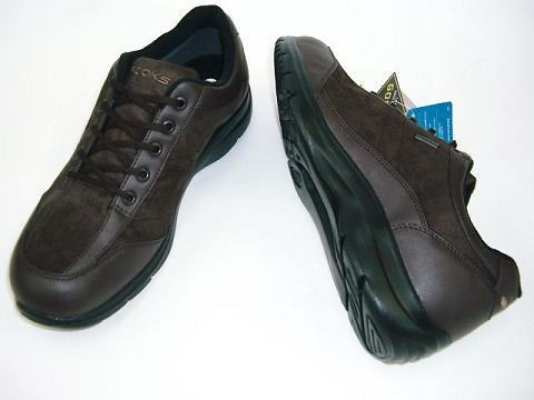 And BROOKS 7429 ゴアテック walking shoes 4E