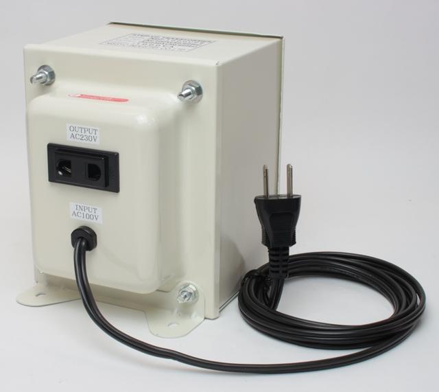 【変圧器】【日本国内用】 日章工業 アップトランス 定格容量1000W 変換電圧100V→220V/230V/240V NDF-1000UPE