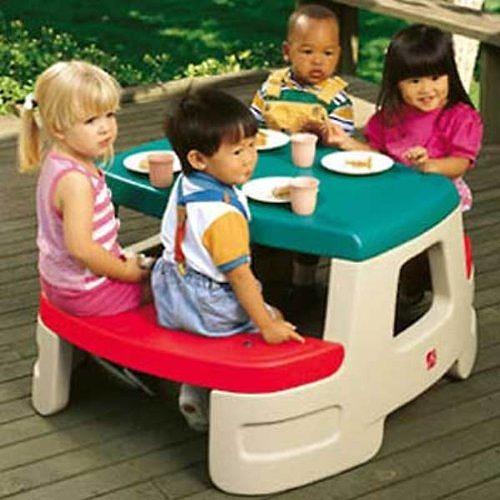 [メーカー直送品のためラッピング・代引き不可] STEP2 (ステップ2) ちびっこピクニックテーブル [7500][大型玩具 大型遊具 ベビー おもちゃ 野外 屋内 室内 子供用 保育園 幼稚園]